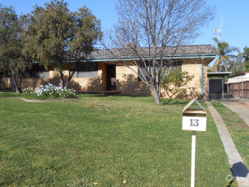 13 Mengarvie Road, Parkes - House for Rent in Parkes
