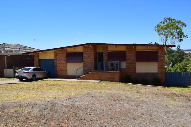 5 Lorking Street, Parkes - House for Sale in Parkes