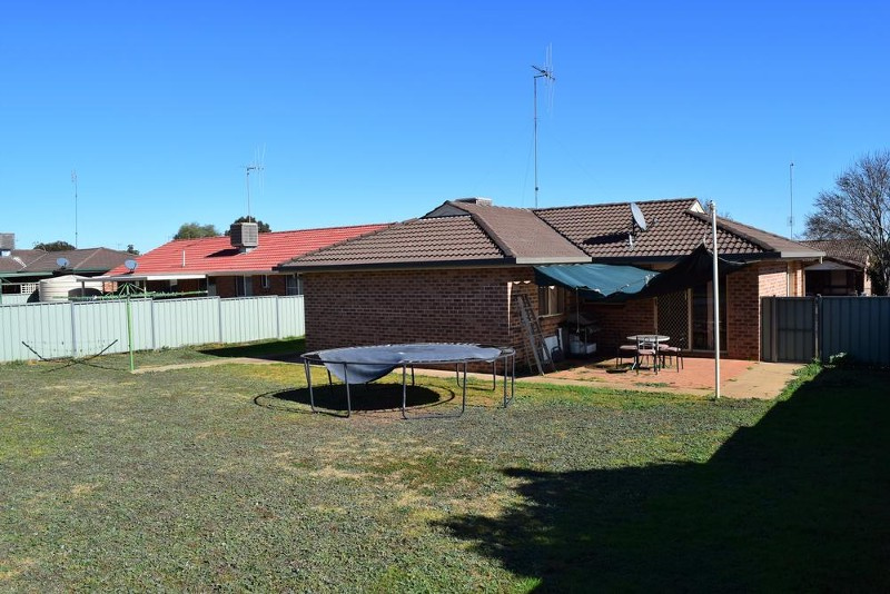 21 Paterson Street, Parkes - House for Sale in Parkes