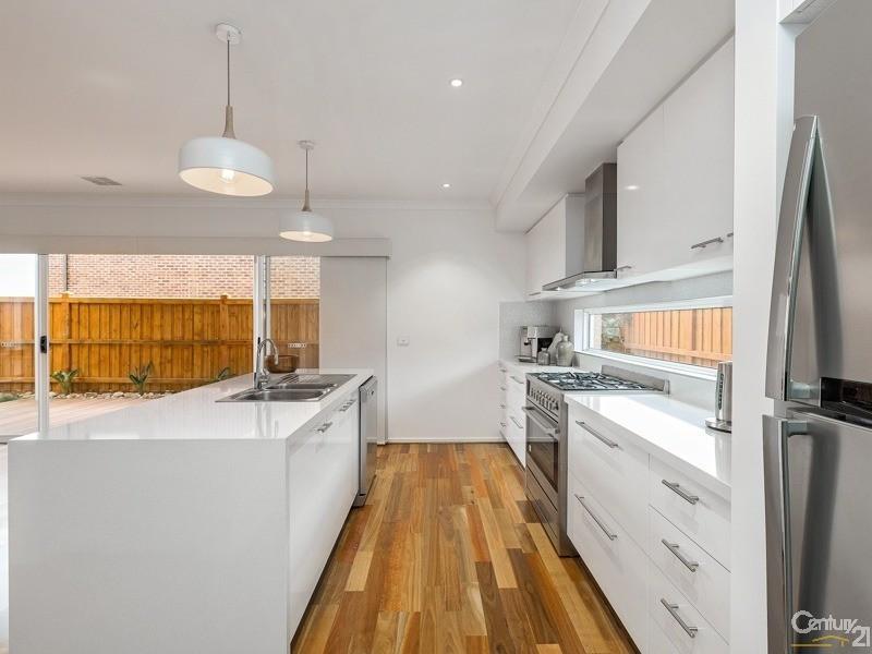 Werribee South Beach House For Sale