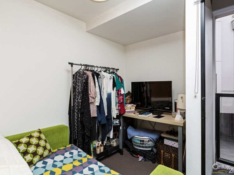 210/188 Peel Street, North Melbourne - Apartment for Sale in North Melbourne