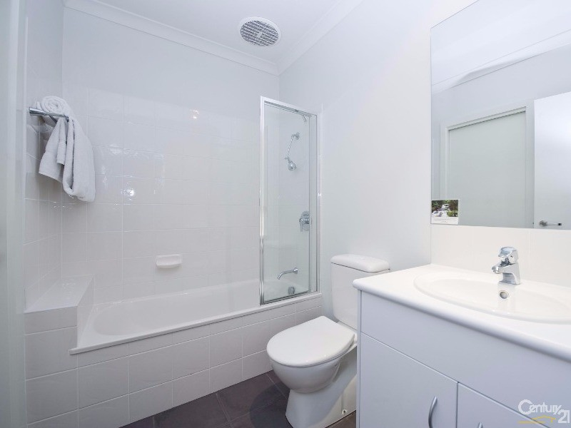 22/9 Greg Norman Drive, Sanctuary Lakes - Townhouse for Sale in Sanctuary Lakes