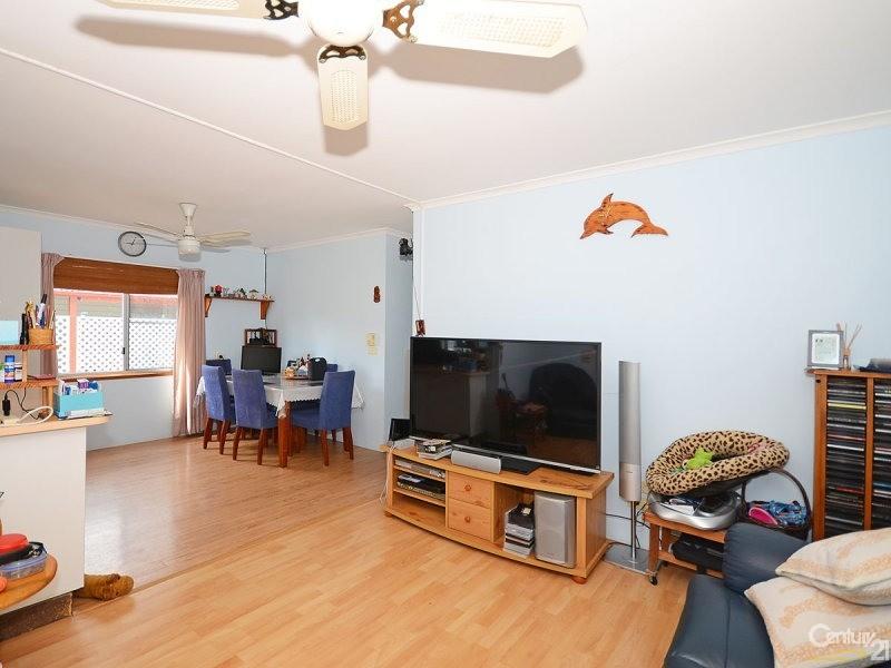 8/208 Elizabeth Street, Urangan - Property for Sale in Urangan