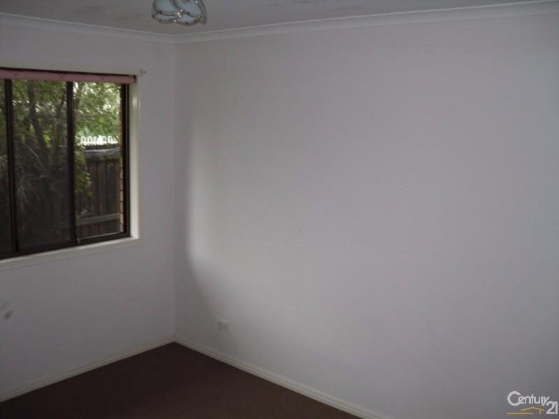 17 Vanda Street, Urangan - House for Sale in Urangan