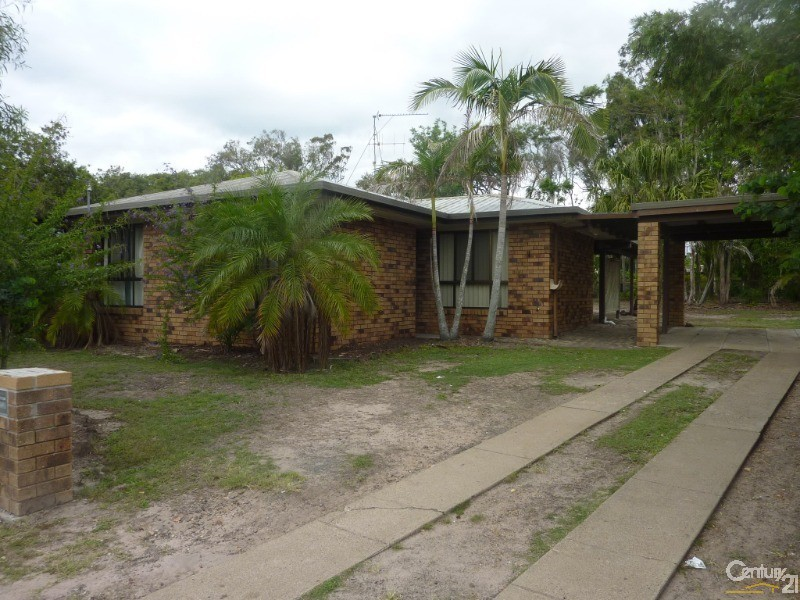 17 Vanda Street, Urangan - House for Rent in Urangan