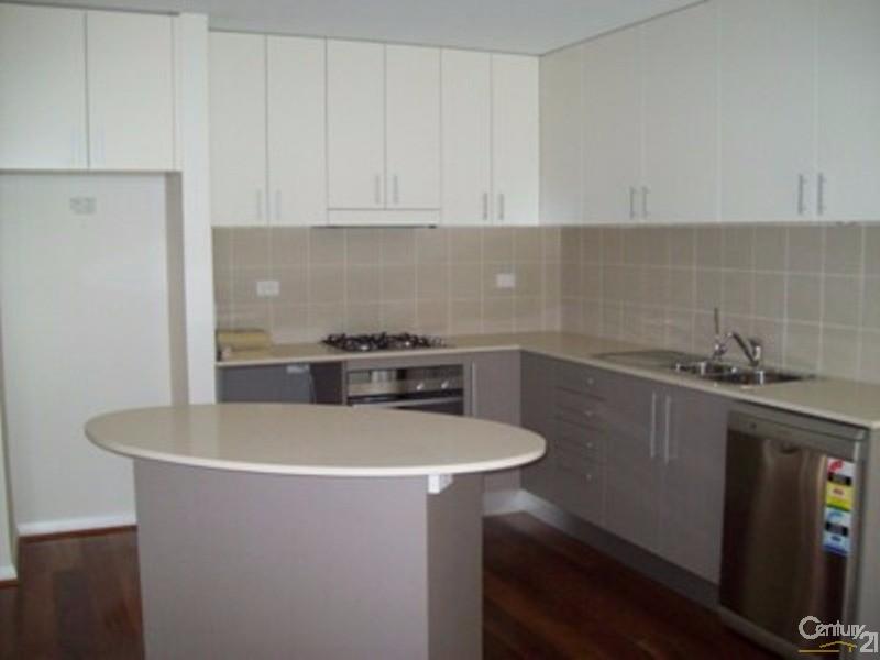 4/31 King Street, Urangan - Townhouse for Rent in Urangan