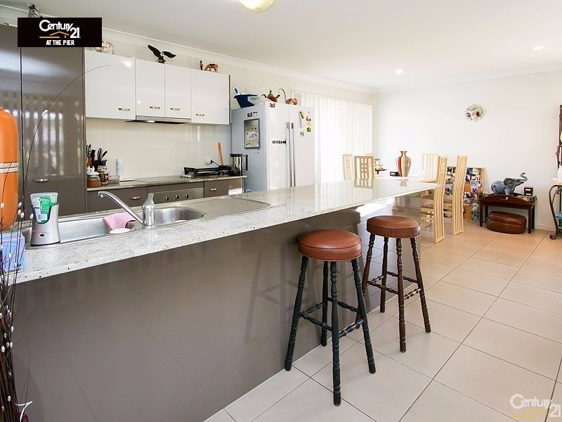 27 OYSTER COURT, Toogoom - House for Sale in Toogoom