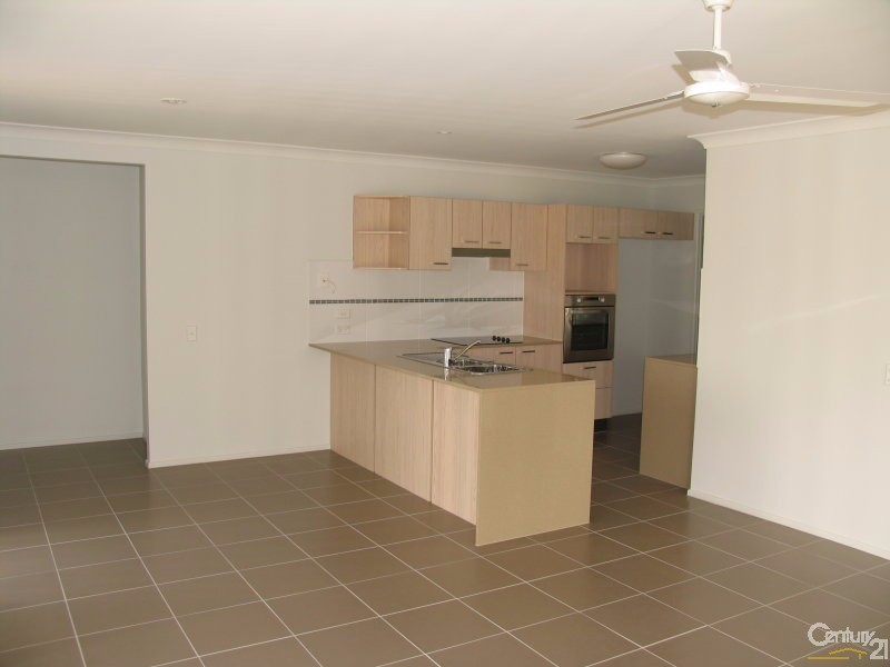 16 Fishburn Way, Eli Waters - House for Rent in Eli Waters
