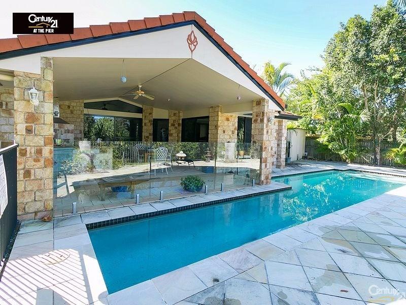 3 TREVISO COURT, Urangan - House for Sale in Urangan