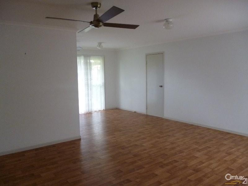 28 Tristania Crescent, Urangan - House for Rent in Urangan