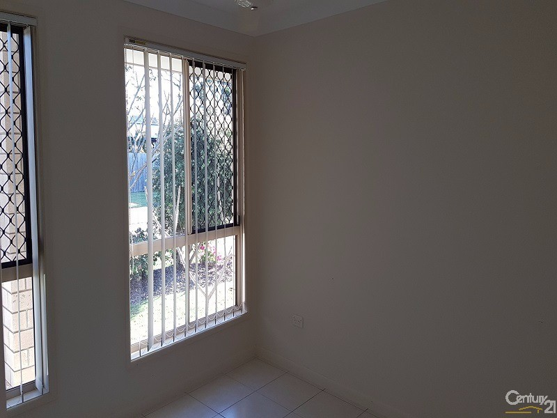 2/205 Pulgul Street, Urangan - Unit for Rent in Urangan