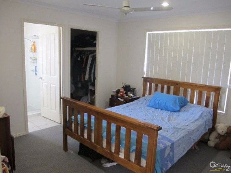 11 Protector Way, Eli Waters - House for Rent in Eli Waters