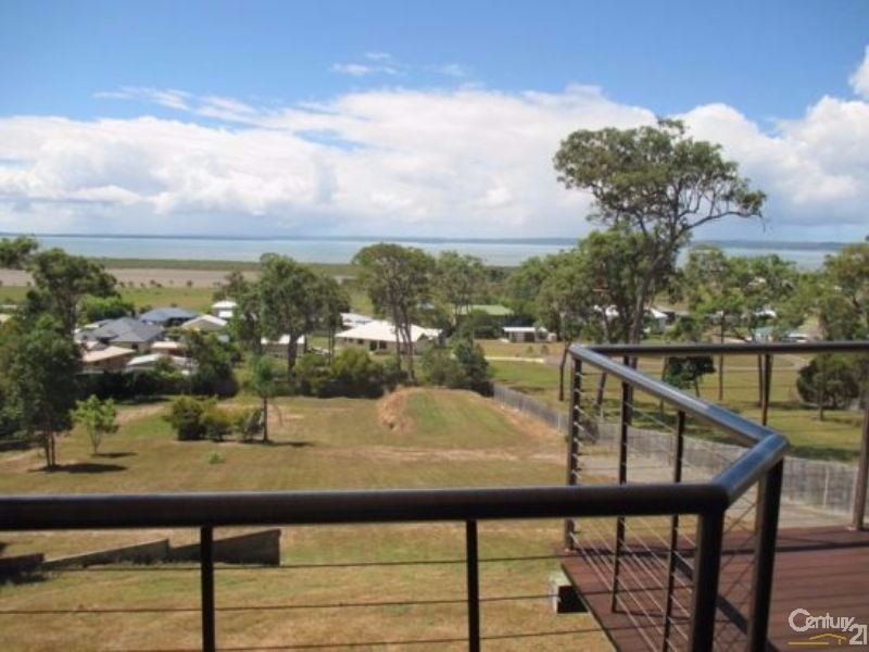 61 Ocean Outlook, River Heads - House for Rent in River Heads