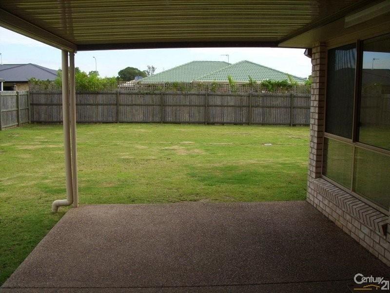 8 Lakeridge Drive, Eli Waters - House for Rent in Eli Waters