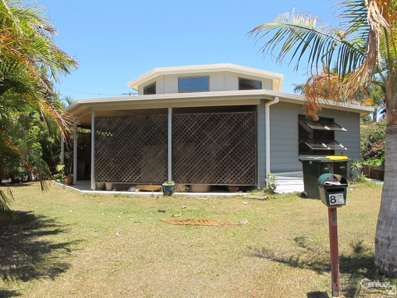86 HAMMOND STREET, Urangan - House for Sale in Urangan