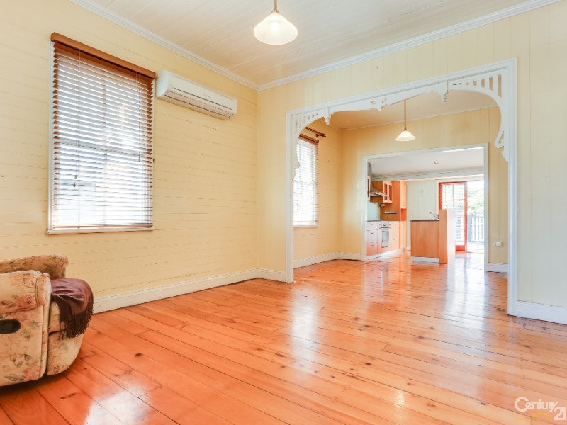 5 Real Street, Annerley - House for Sale in Annerley
