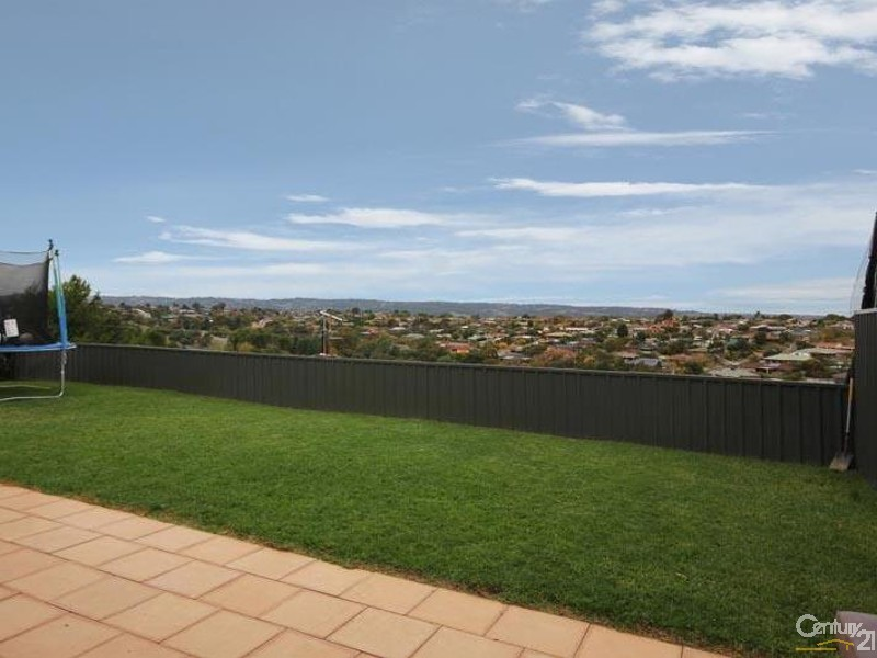 Lot 1- 10 Spinnaker Circuit, Sheidow Park - House for Sale in Sheidow Park
