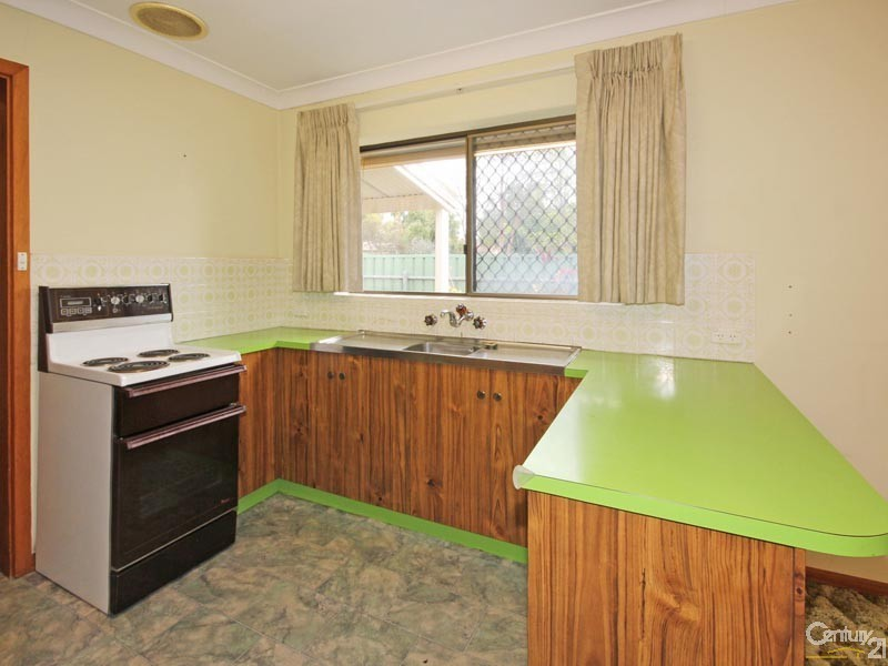 20 Hall Crescent, Old Noarlunga - House for Sale in Old Noarlunga