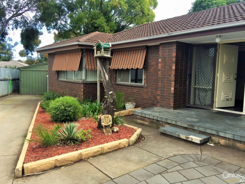 12 McCarthy Avenue , Morphett Vale - House for Rent in Morphett Vale