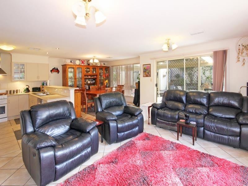 44 Brooks Circuit, Woodcroft - House for Sale in Woodcroft