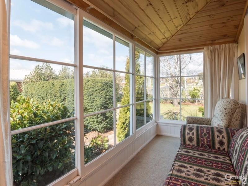 56 Valley Road, Devonport - House for Sale in Devonport
