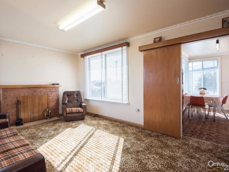 7 McCabe Avenue, Devonport - House for Sale in Devonport