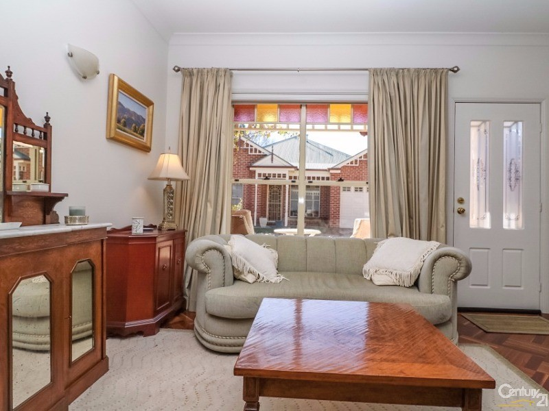 6/299A George Street, Bathurst - House for Sale in Bathurst