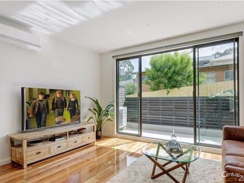 Townhouse for Sale in Doncaster VIC 3108