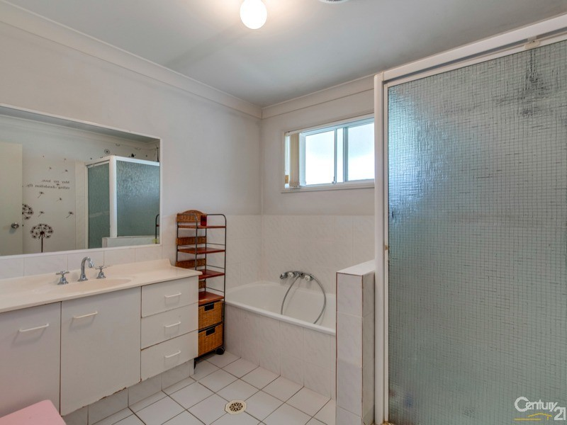 House for Sale in Southport QLD 4215