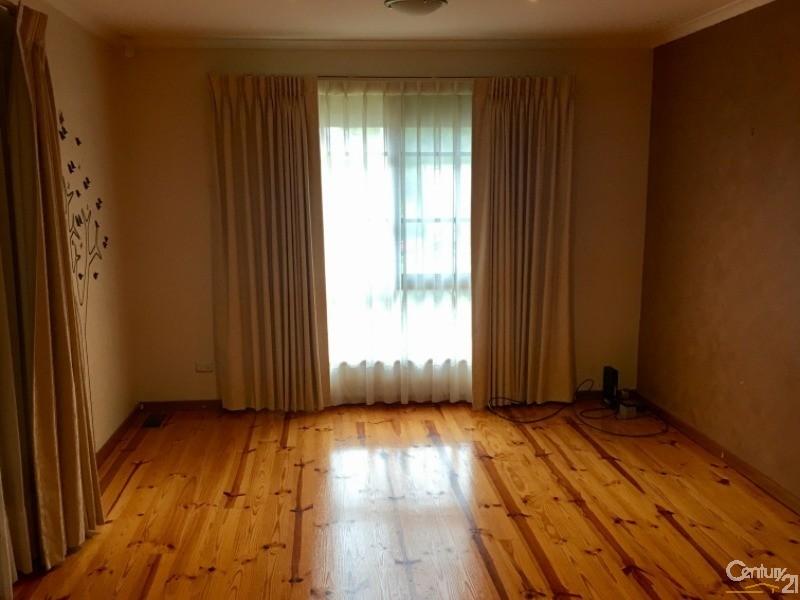 29 Mossgiel Park Drive, Endeavour Hills - House for Rent in Endeavour Hills