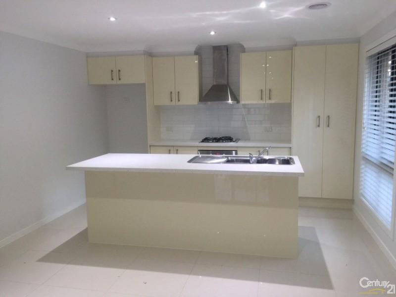 15A Rowan Drive, Doveton - House for Rent in Doveton