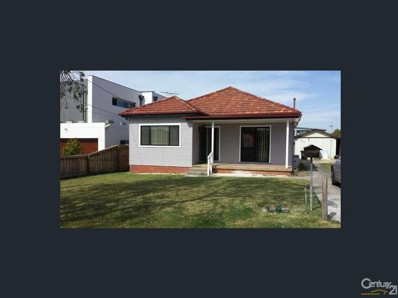 House for Rent in Greenacre NSW 2190
