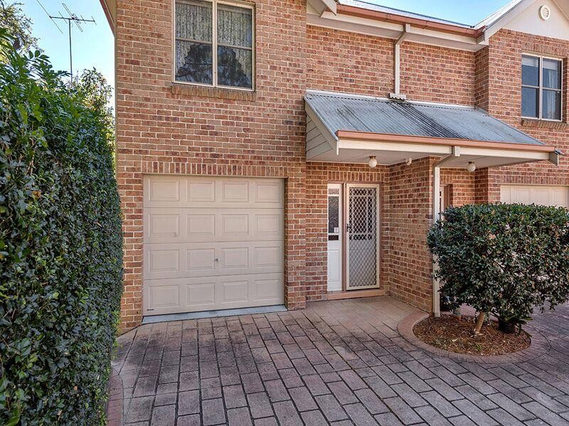 Townhouse for Sale in Springwood NSW 2777