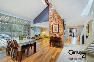 CENTURY 21 Prime Property Dural Property of the week