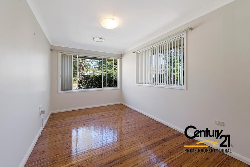 2 Valencia St , Dural - House for Rent in Dural