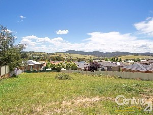 CENTURY 21 Bianca and Neil Brown Wentworth Falls Property of the week