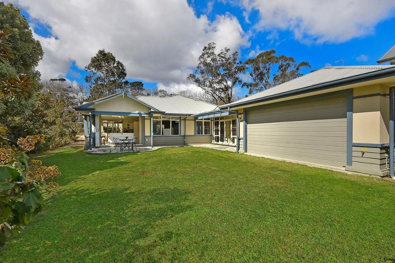 117 Falls Rd, Wentworth Falls - House for Sale in Wentworth Falls