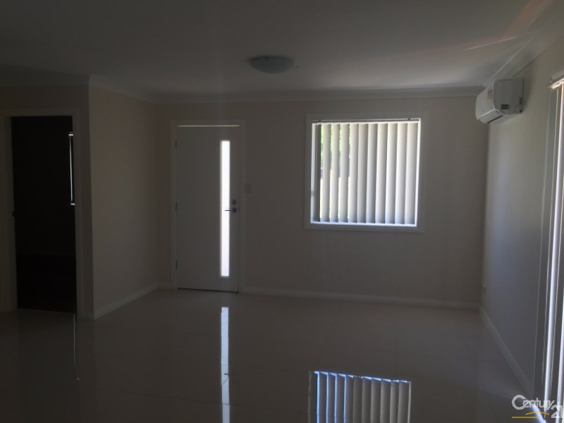 73 Gladstone Pde, Riverstone - House for Rent in Riverstone
