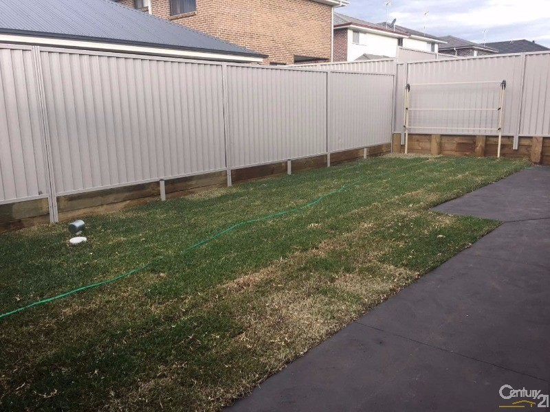 34 Swift St, Riverstone - House for Rent in Riverstone
