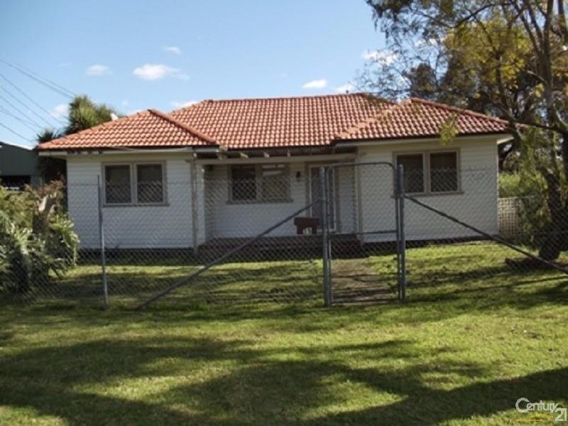15 Stroud Avenue, Warwick Farm - House for Rent in Warwick Farm