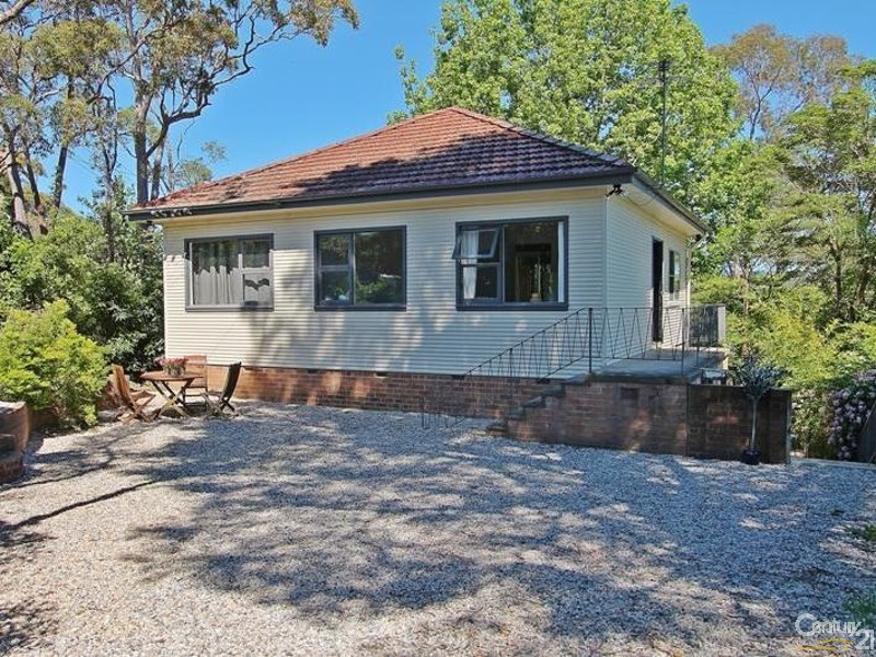 33 Valley Road, Hazelbrook - House for Sale in Hazelbrook