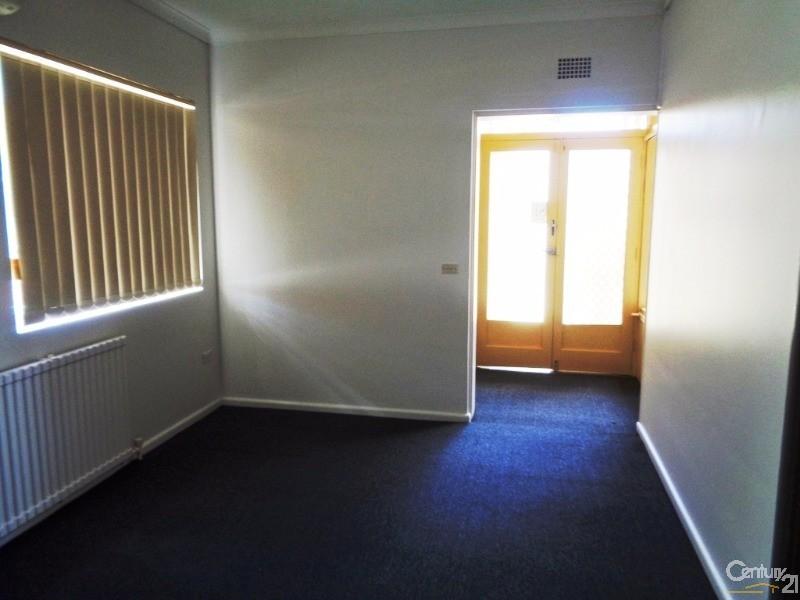192 Great Western Highway, Hazelbrook - Apartment for Rent in Hazelbrook