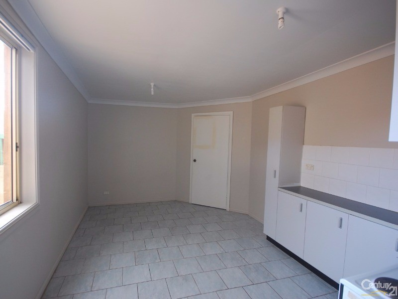 Unit for Rent in Fairfield Heights NSW 2165