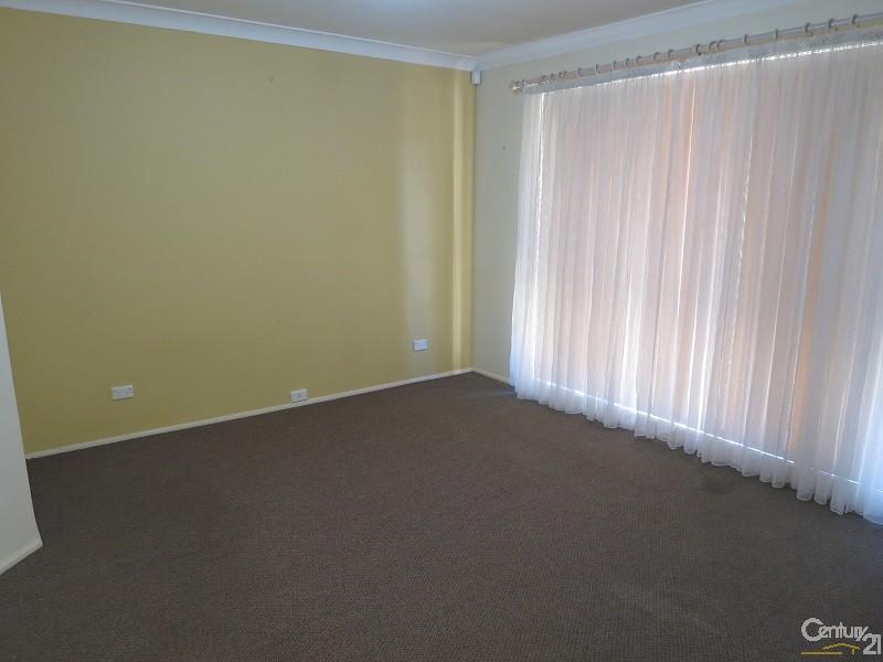 48 Forman Ave, Glenwood - House for Rent in Glenwood