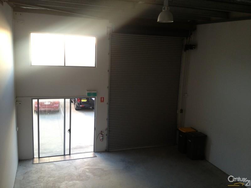 7/17 Liuzzi Street, Pialba - Industrial Property for Sale in Pialba