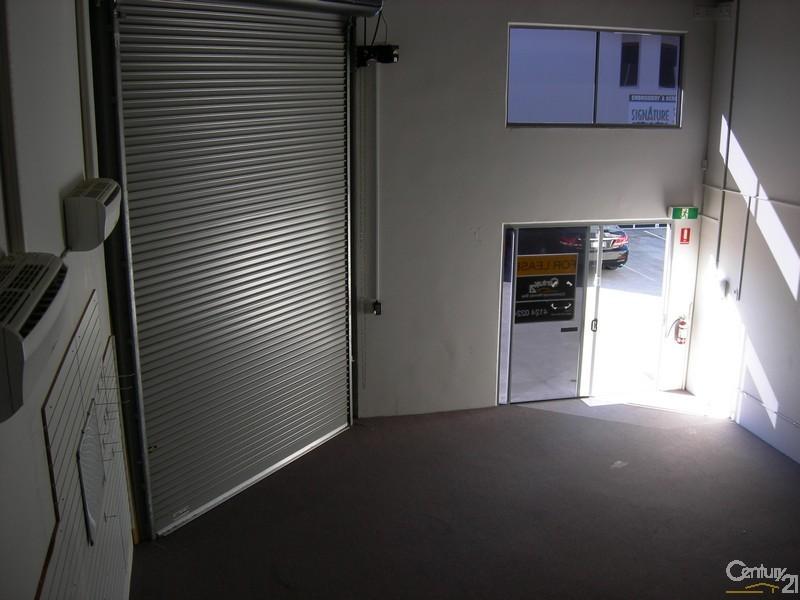 2/17 Liuzzi Street, Pialba - Industrial Property for Sale in Pialba