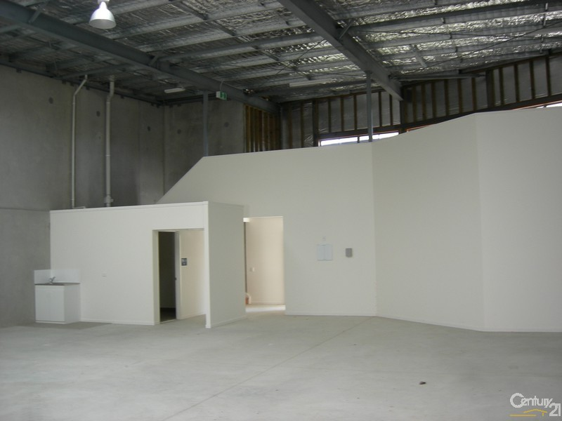 2/24 Southern Cross Circuit, Hervey Bay - Industrial Property for Lease in Hervey Bay