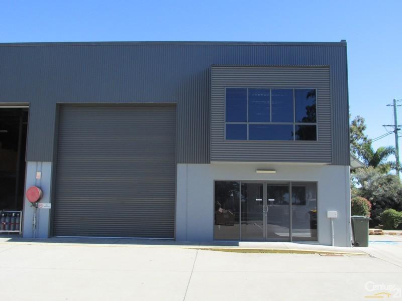 1/47-49 Islander Road, Pialba - Industrial Property for Lease in Pialba