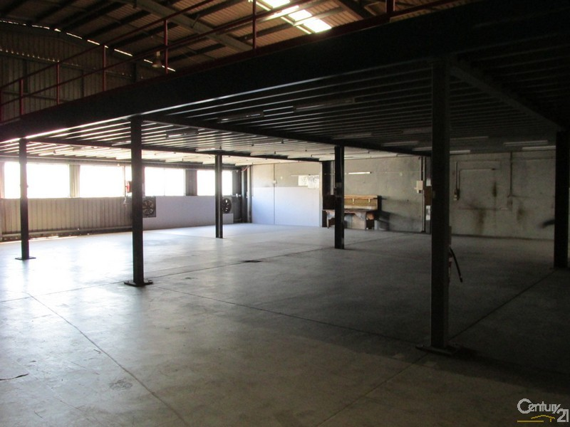 83 Old Maryborough Road, Hervey Bay - Industrial Property for Sale in Hervey Bay