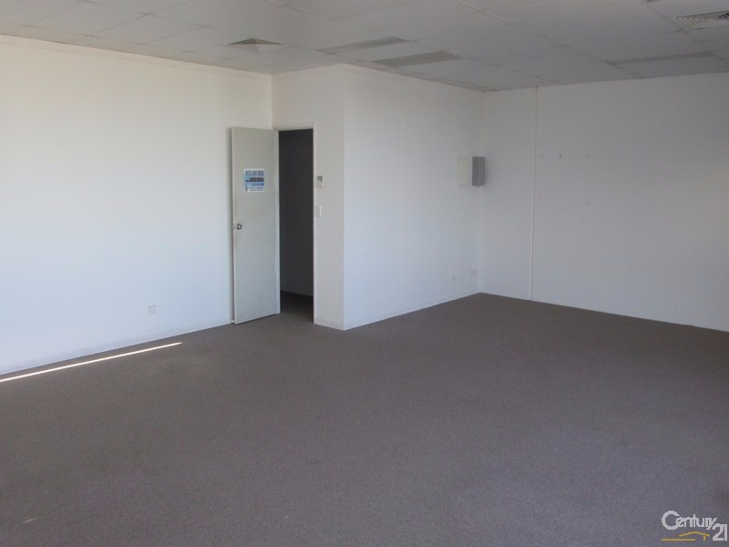 3B/19 Islander Road, Hervey Bay - Industrial Property for Lease in Hervey Bay